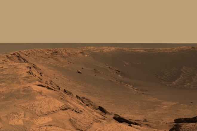 Looking down into Endurance crater on Mars. Image: JPL/NASA/Cal-tech