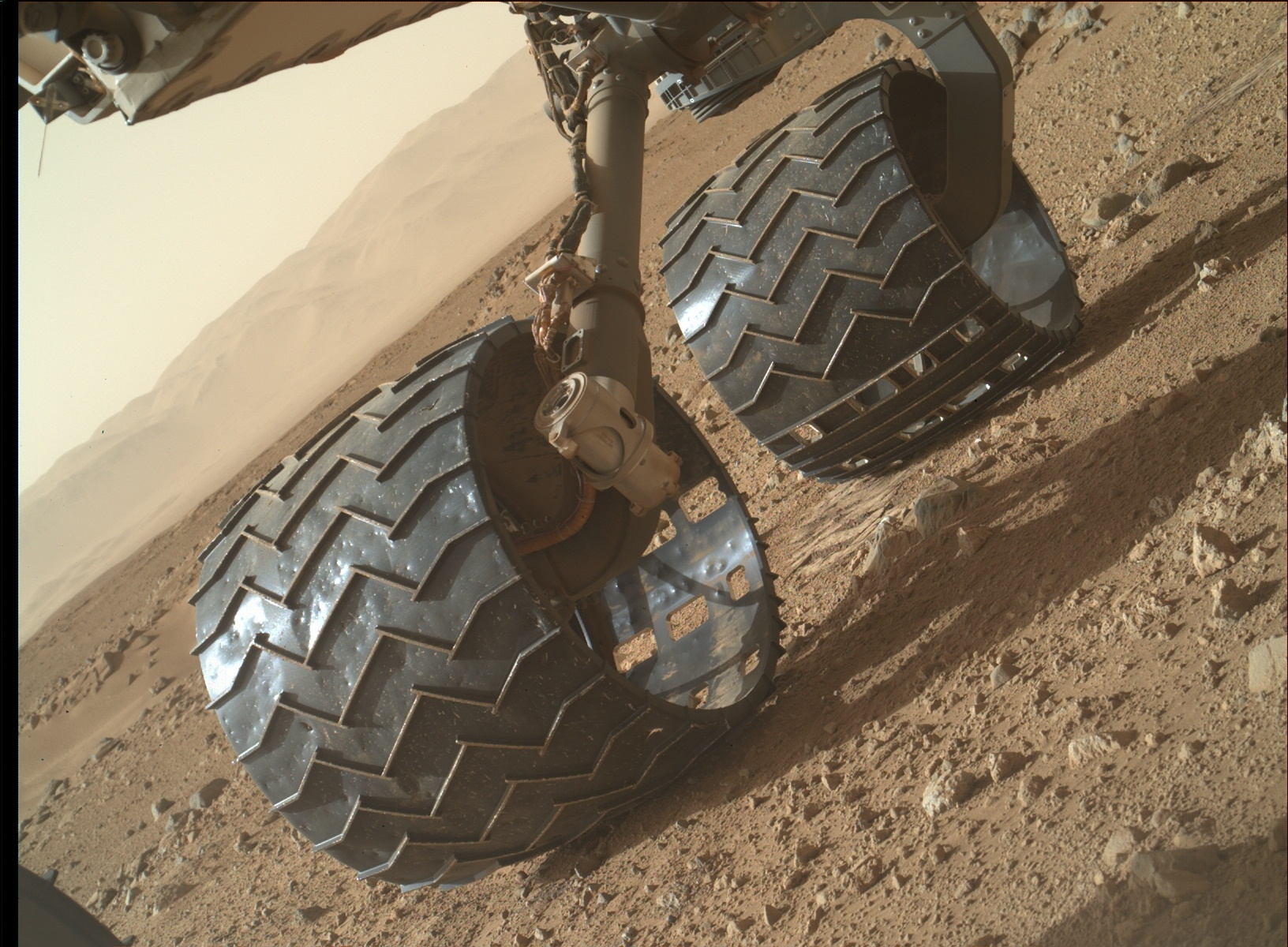 NH Notes Curiosity Update – Scenes on the Way to Mt Sharp