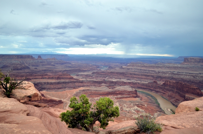 A thunderstorm approaches in the evening at Dead Horse Point State Park.