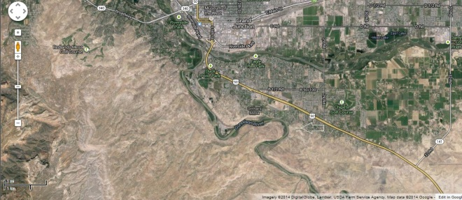 Google maps image of the area south of Grand Junction. The arrow points to the are in the picture above. Image Credit: Google Maps Inc.