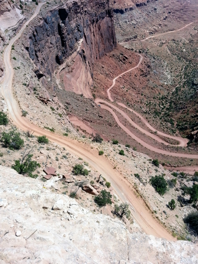 Looking down on the Schaeffer Trail from the primary road going through Canyonland National Park.