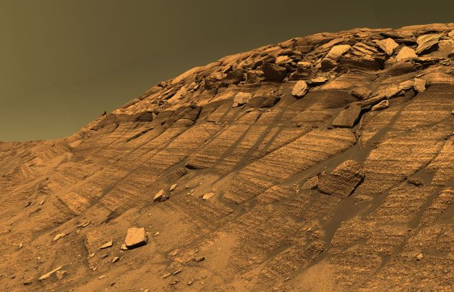 """Burns cliff"" inside Endurance crater on Mars.  Image: NASA/JPL-caltech"