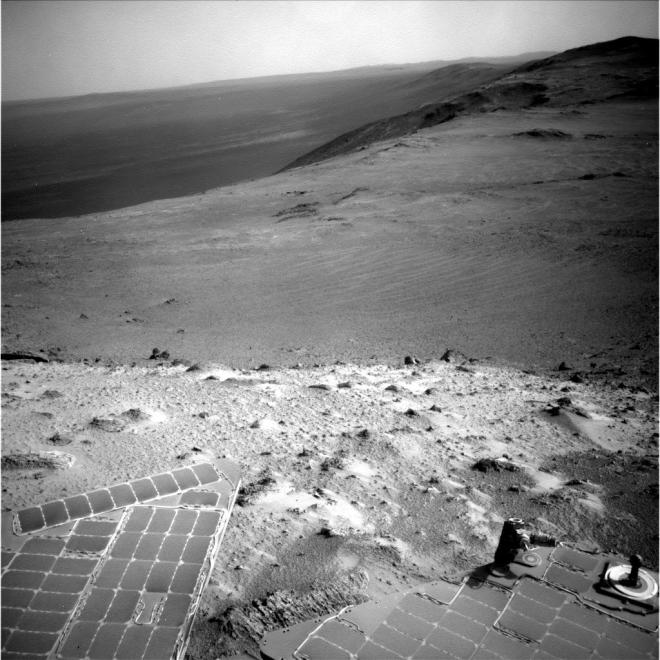 At a high point along the rim of Endurance crater.  To the right is the continued rim of the crater while the left shows the depression of this large and very ancient crater on Mars. Image: NASA:JPL-Caltech