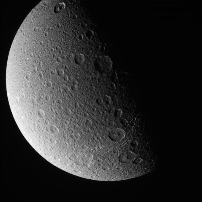 Shot of Saturn's moon Encledeus taken by the Cassini spacecraft this week. Image: NASA/JPL/Caltech